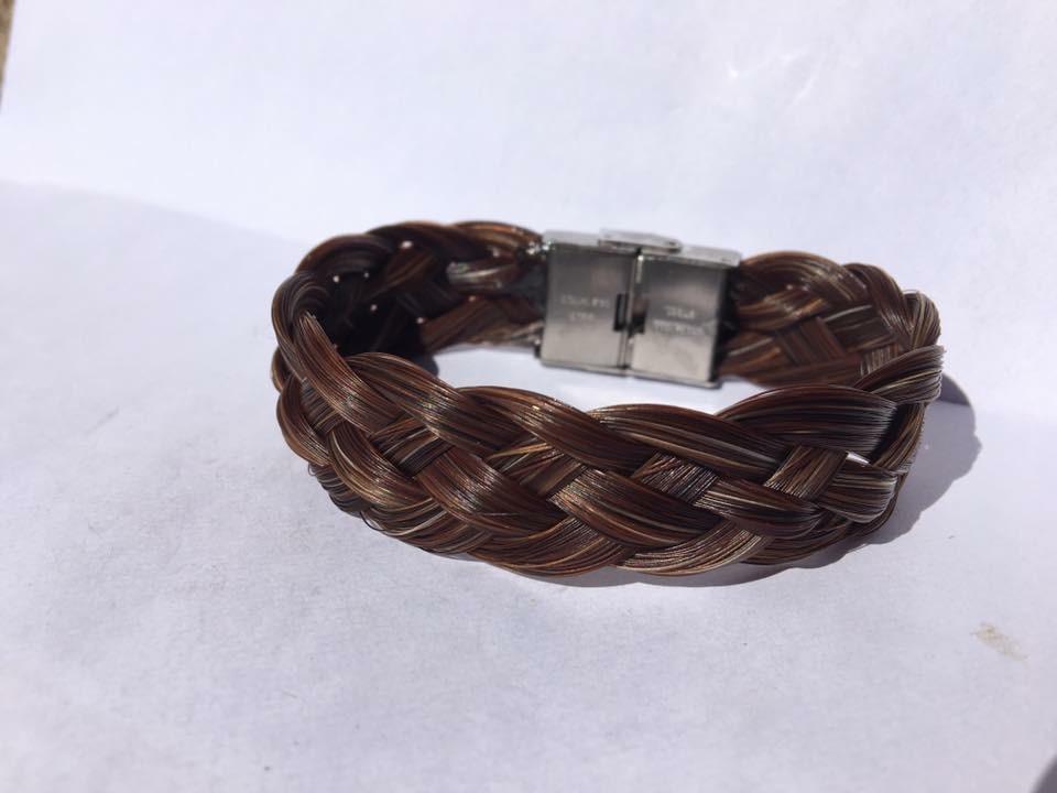 Bracelet tressage plat avec fermoir large en acier inoxydable
