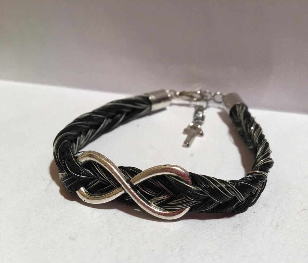 Bracelet connecteur infini