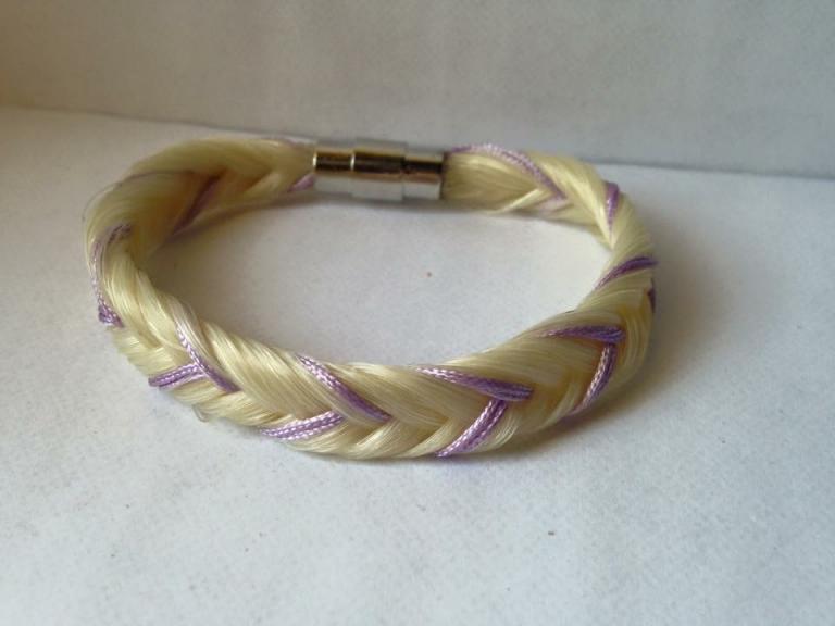Bracelet coloré fils violet