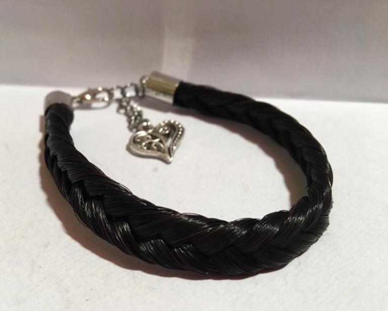 Bracelet simple avec coeur