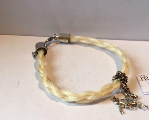 Bracelet rond breloque coulissante