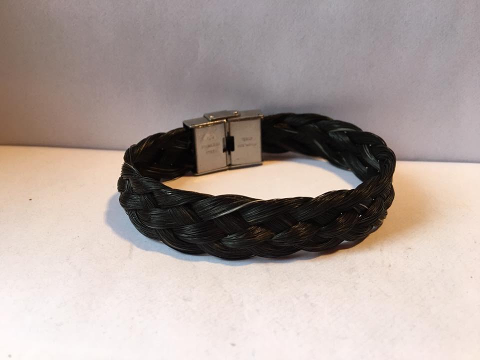 Bracelet plat et fermoir en acier