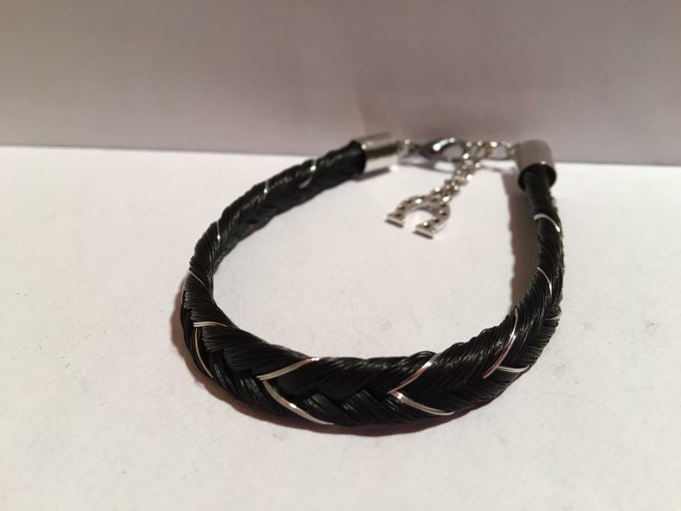 Bracelet avec fils métallique argenté