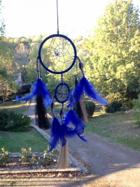 Creation crins cheval attrape reve bleu fonce plume pompon qualite