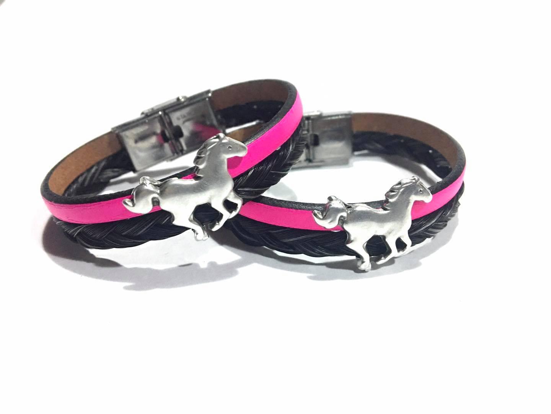 Creation crins cheval cuir rose galop fille adolescente cadeau bracelet acier inoxydable bijoux