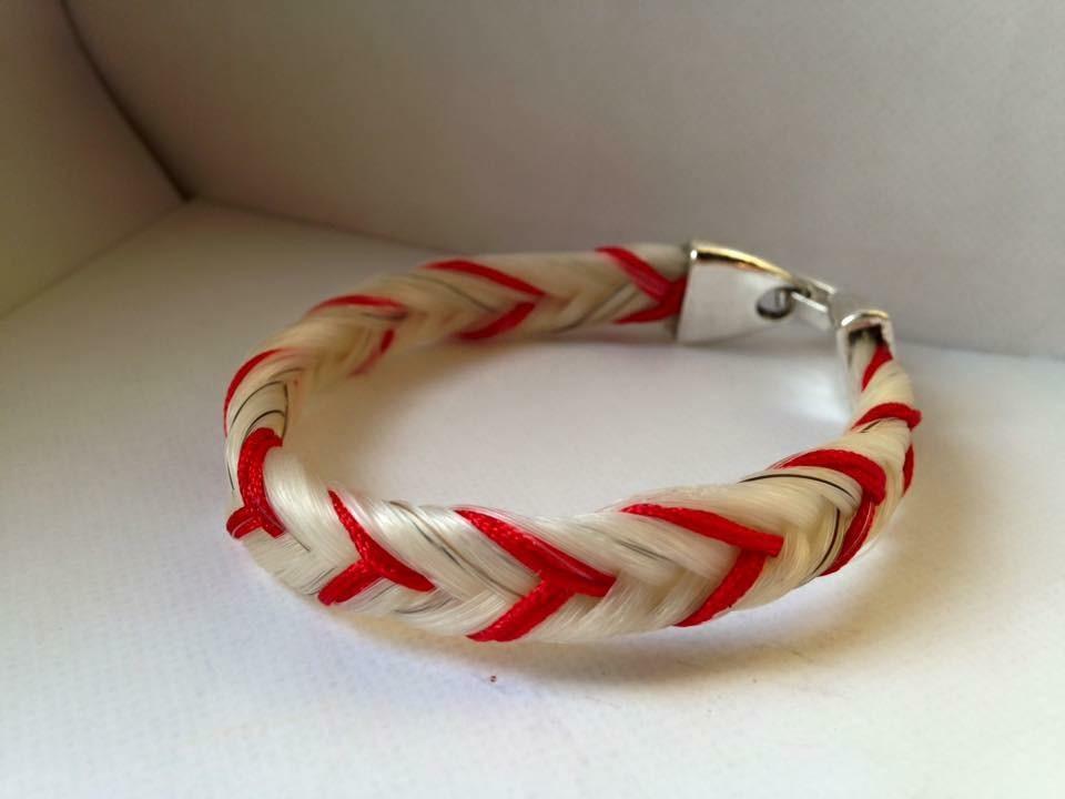Bracelet tressage épi avec fils colorés