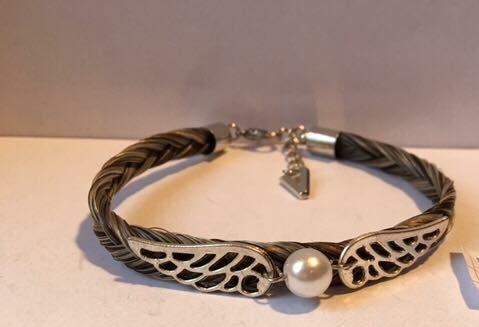Bracelet en crins de cheval avec connecteur ailes et perle coloré