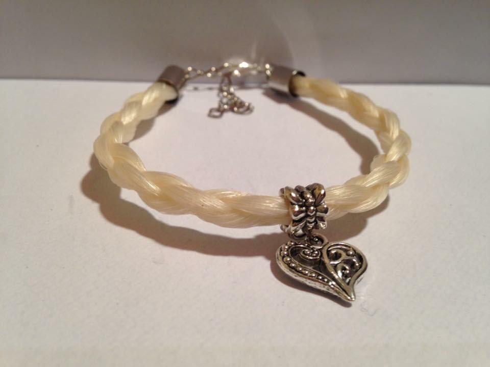 Bracelet en crins de cheval tressage rond coeur sur mesure